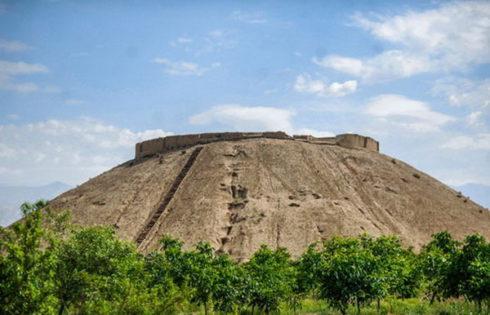 تپه ازبکی از آثار تاریخی استان البرز