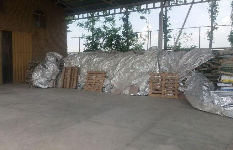 کشف ۲۰۰ تن خوراک فاسد دامی در نظرآباد