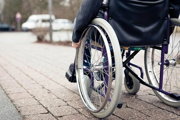 معلولان کرج برابر ۱۷ استان کشور