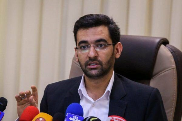 وزیر ارتباطات: دسترسی آمریکا را از حذف اپلیکیشنهای گوشیهایمان قطع میکنیم