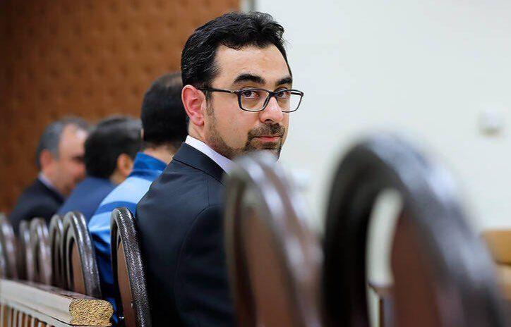 بانک مرکزی دولت روحانی خودش دلال غیرمجاز بازار ارز بود