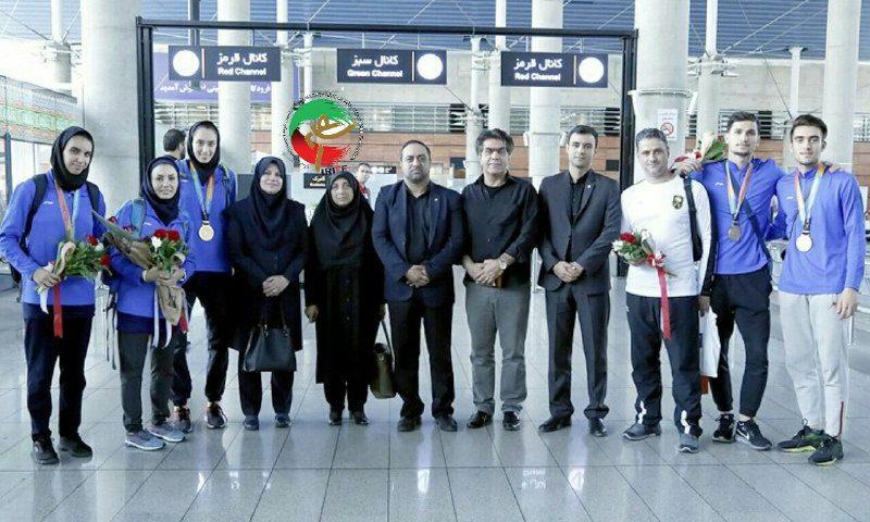 هوگوپوشان توانمند کشورمان پس از افتخار آفرینی وارد ایران شدند