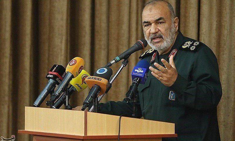 فرمانده کل سپاه: هرکس میخواهد سرزمینش میدان اصلی جنگ شود، بسم الله