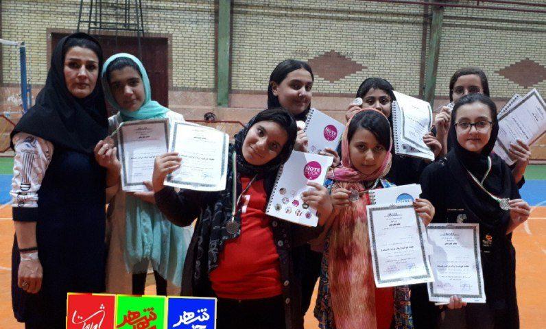 تیم سالن نیکو ماهدشت نایب قهرمان جشنواره مینی والیبال دختران