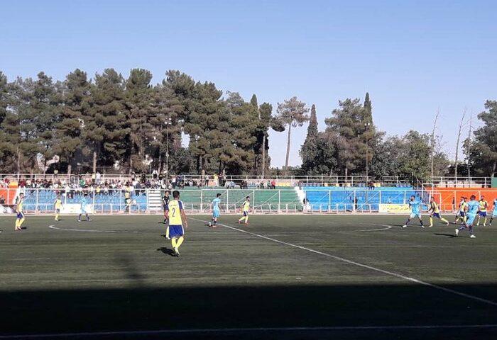 تیمهای فوتبال فجر و قشقایی به مصاف ملوان و گل ریحان البرز میروند