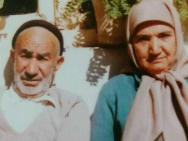 تصویری به یادماندنی از شادروان سیداحمد احمدی و همسر محترمشان شادروان حبیبه ی حدادی