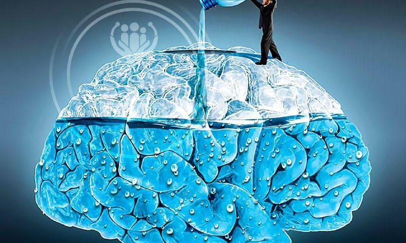 برخورد مغز به جمجمه در صورت کم آبی