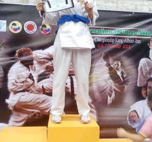 سرکار خانم کریمیکسب مدال طلای شما را در مسابقات بین المللی کاراته سبک ریبو کای تبریک عرض مینماییم