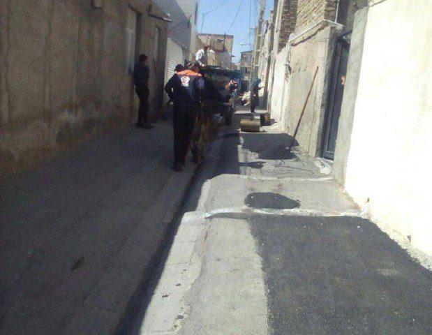 پخش ۵۰ تن آسفالت در معابر سطح روستای علی آباد گونه