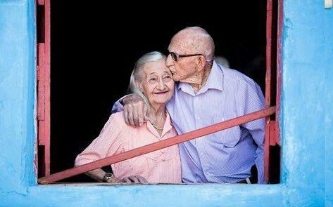 ویژگی شاد ترین زوج های جهان