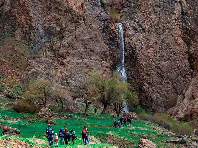 آبشار شله بن طالقان این آب
