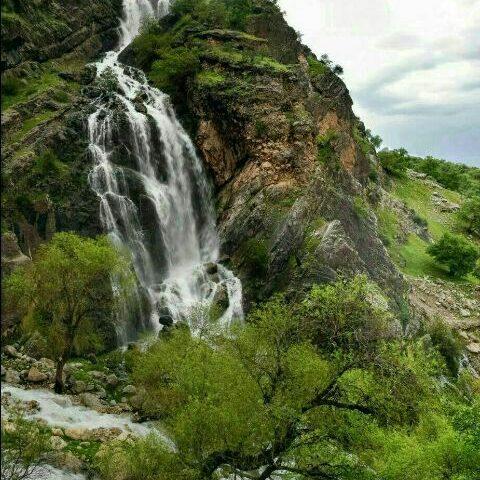 آبشار هونی کِلو درکنار آبشار ن