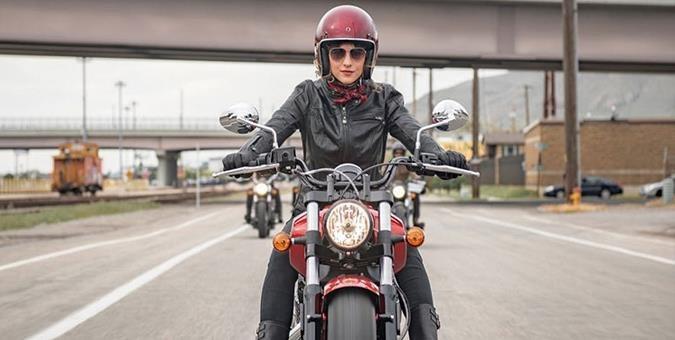 موتورسواری زنان مغایرتی با ق