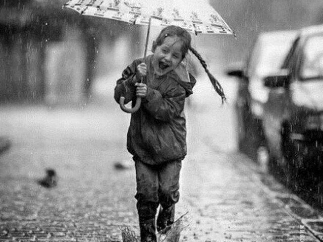 زندگی  کوتاه است نه غمش میار