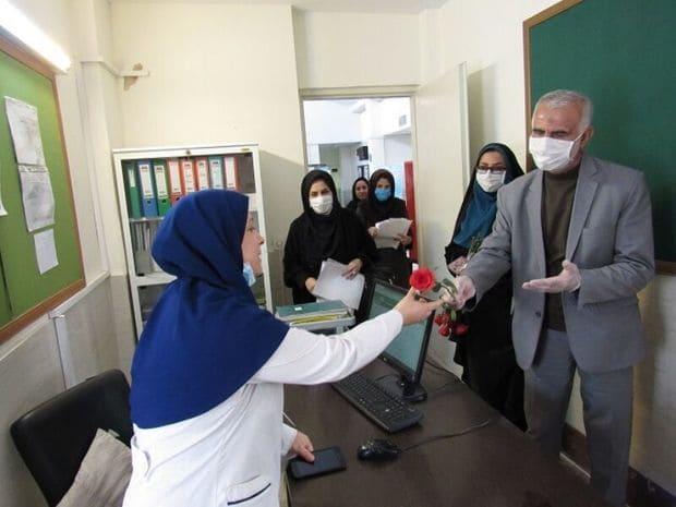 قدردانی فرهنگیان البرز از مدافعان سلامت